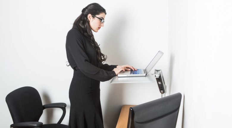 Photo of Why You Should Alternate Between Sitting and Standing